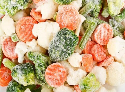 đá khô bảo quản thực phẩm